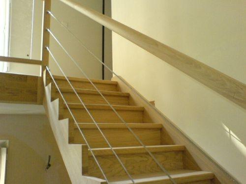escalier avec cables inox limon d coup. Black Bedroom Furniture Sets. Home Design Ideas