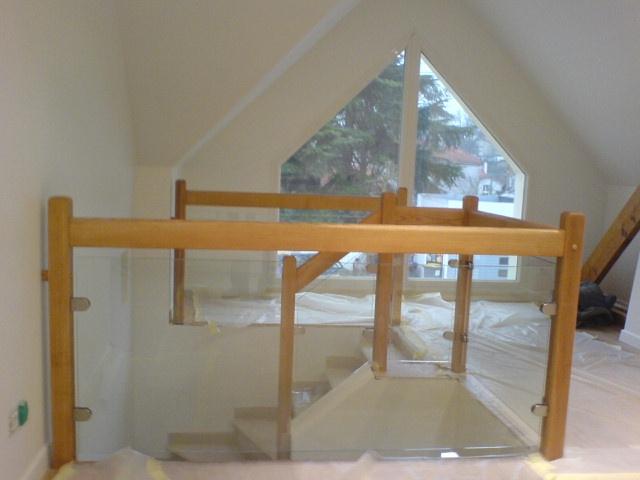 escaliers deparis 77 escaliers en bois sur mesure ile de. Black Bedroom Furniture Sets. Home Design Ideas