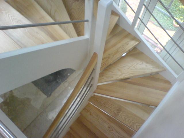 Escaliers deparis 77 escaliers en bois sur mesure ile de - Escalier beton double quart tournant en kit ...