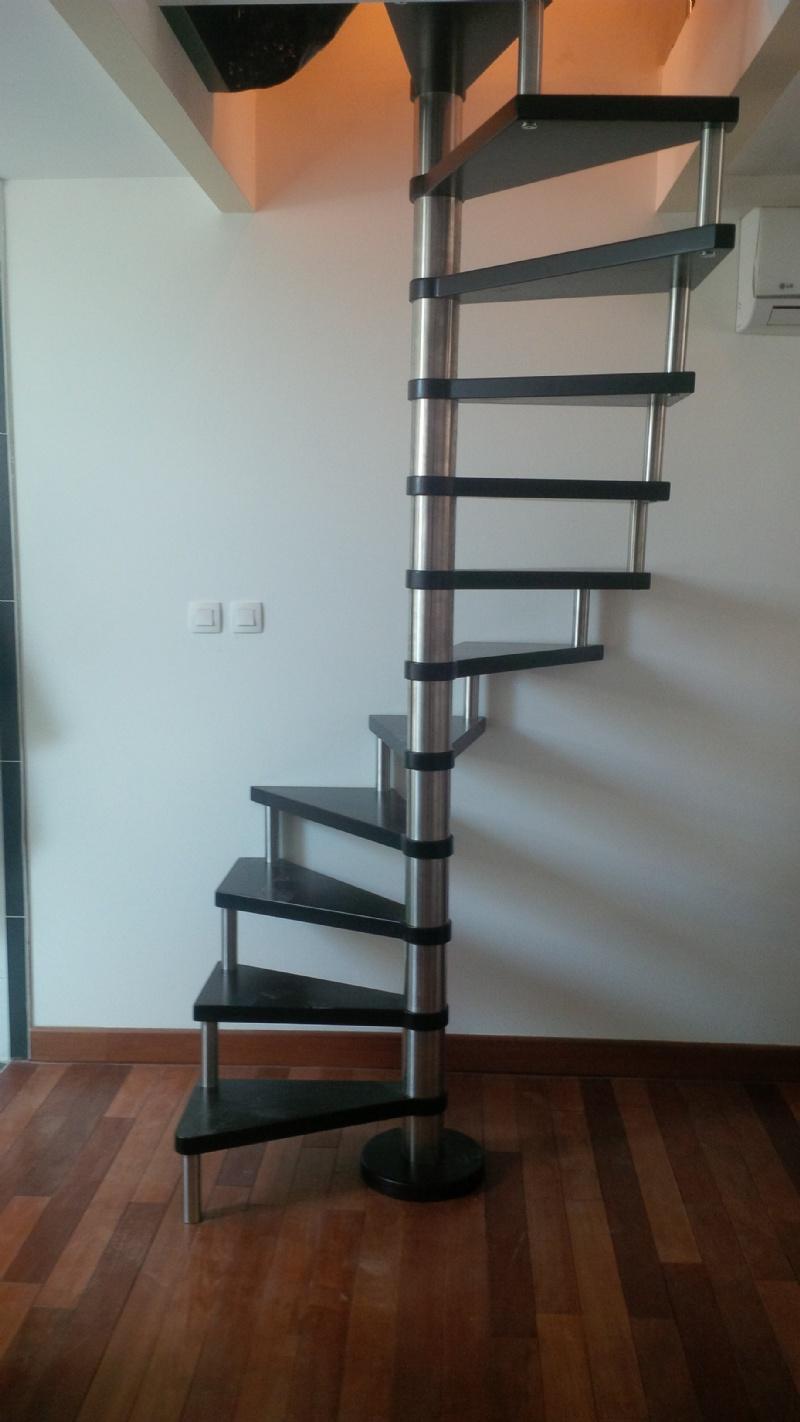 Escalier En Colimacon Etroit