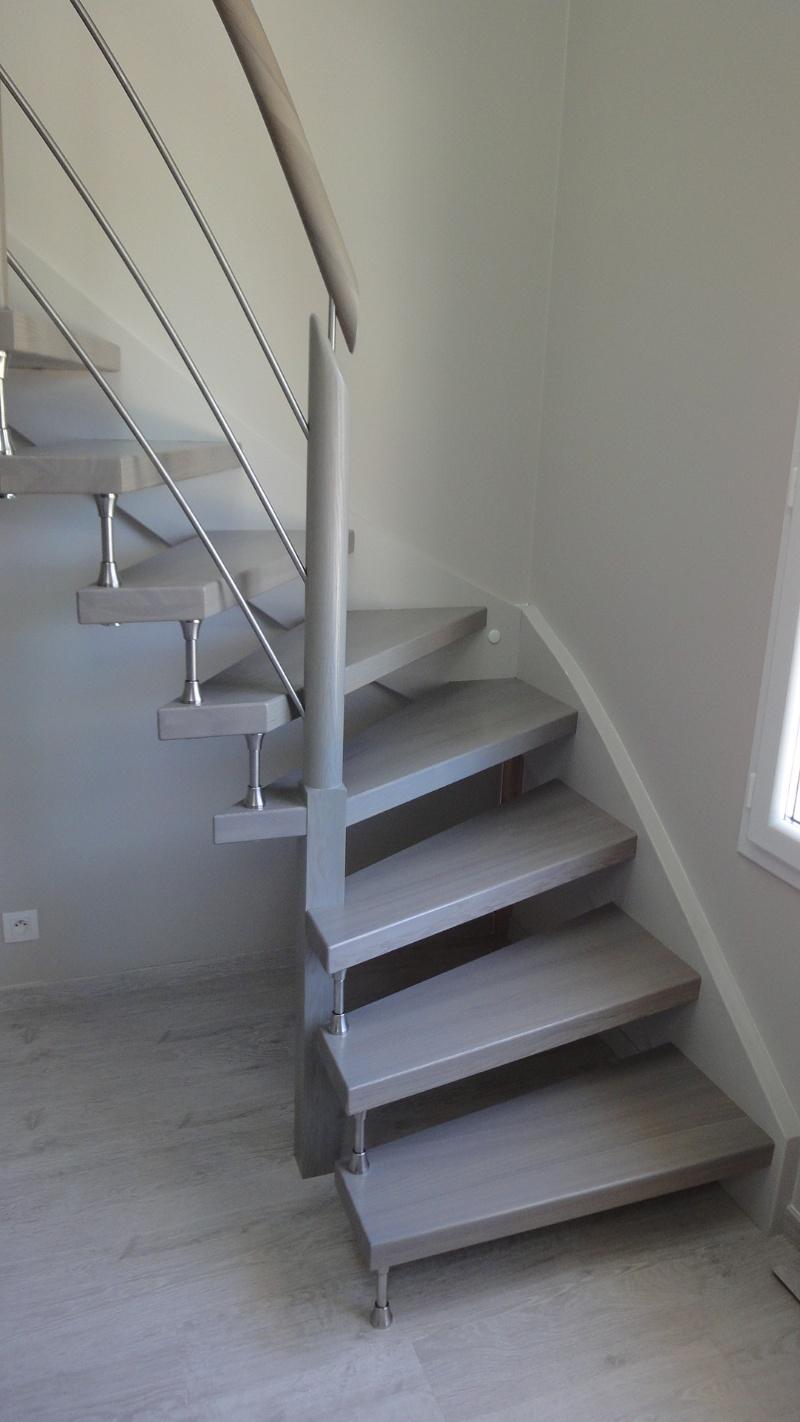 Photo Escalier Bois Peint Gris escaliers deparis 77 - escaliers en bois sur mesure ile de